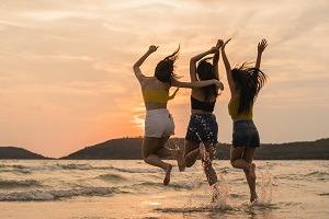 Letná výbava – 7 vecí, ktoré vám nesmú chýbať