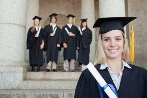 študentka s diplomom