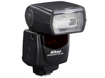 Nikon SB-700 blesk