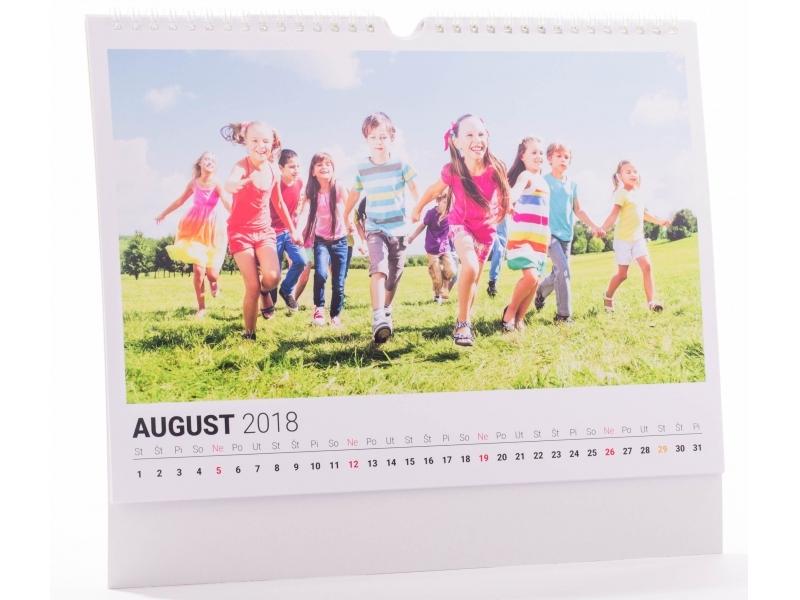 Kalendár A3 (42x29,7cm) nástenný mesačný, na šírku (13 listov)