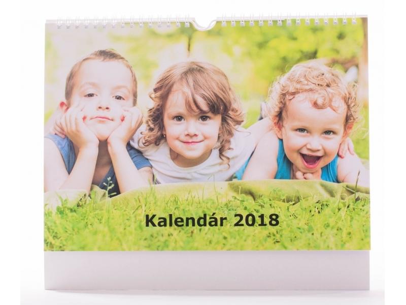 Kalendár A4 (21x29,7cm) nástenný mesačný, na šírku (13 listov)