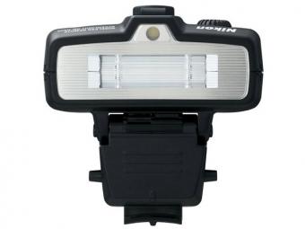 Nikon SB-R200 bezdrôtový (makro) blesk