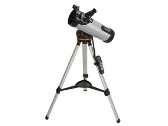 Celestron 28220450 LCM 114 Newton Reflector (31150)