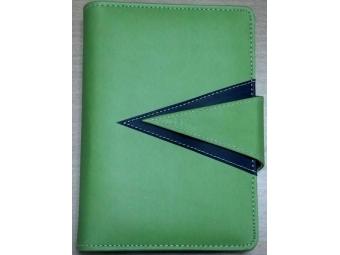 Smile Organizér-osobný diár A6 so sponou na magnetku,6-krúžk.mechanika,zelený