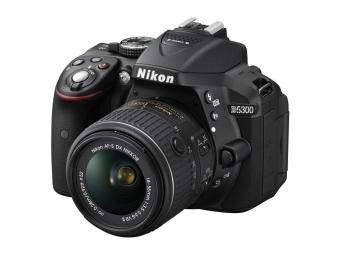 Nikon D5300 + AF-P 18-55 (bez VR)