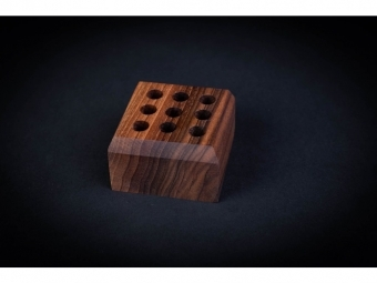 CEFERINO stojan na perá drevený,orech